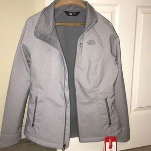 Women's Northface coat!! NEW with tags!